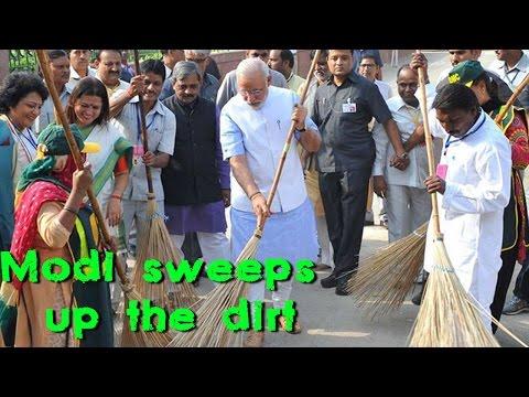 Prime Minister Narendra Modi kicks starts the Swachh Bharat campaign
