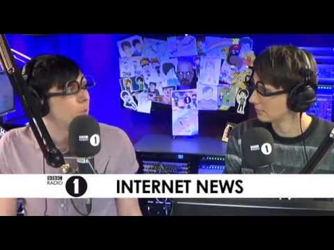 A ROYAL SURPRISE - Dan & Phil's Internet News!