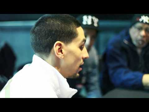 Danny Garcia On Mayweather vs Pacquiao Why He Is Not Worried About Fight EsNews