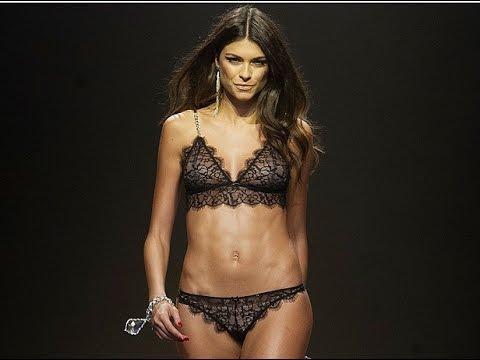 Linda Morselli conquista Madrid sfilando in lingerie la fidanzata di Valentino...