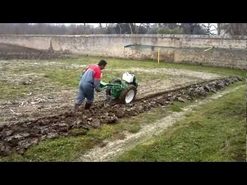 aratura motocoltivatore lombardini 18 cv