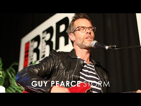 Guy Pearce - 'Storm' (Live at 3RRR)