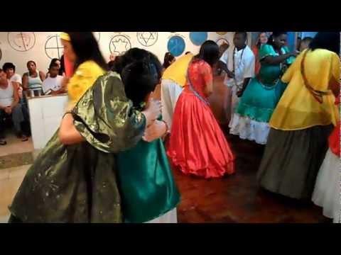 CENTRO ESPIRITA DE UMBANDA  XANGÓ AGANJU E OXUM PANDA FESTA DE OXOSSI 2013