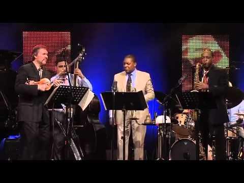 Frank Vignola - Sweet Georgia Brown - Wynton Marsalis Quintet Featuring Mark O'Connor