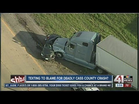 Texting may be to blame in Cass Co. crash