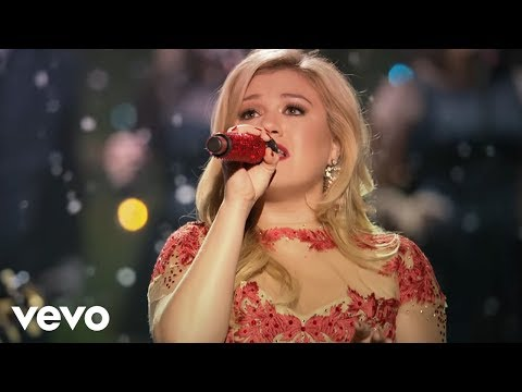 Kelly Clarkson - Underneath the Tree (Official Video)