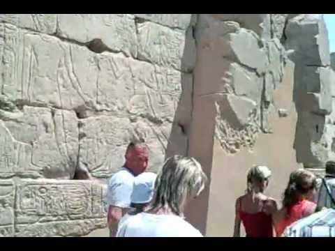 Egypt, Karnak, Luxor, Egyptian-temples, Pharaohs, Obelisks, Temple-of-Karnak uvnitř chrámu3.mp4