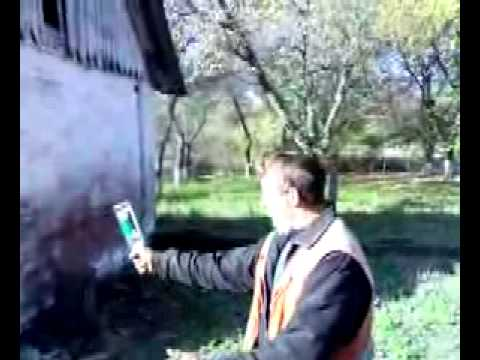 Видеоролики - Приколы - Вася бьет бутылку об голову