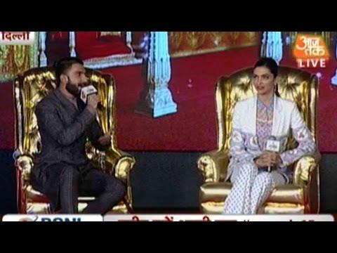 Ranveer Singh And Deepika Padukone At Agenda Aaj Tak 2015