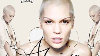Watch Jessie J Magnetic video