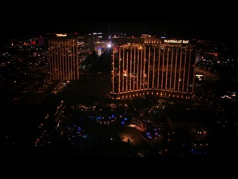 see-what-its-like-1000-feet-above-the-las-vegas-strip.html