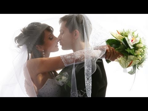 Top 10 Modern Wedding Songs thumbnail