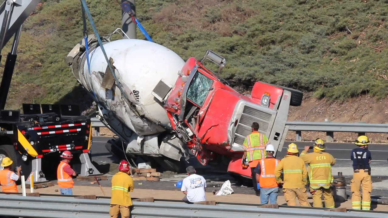 Concrete Mixer Truck >> Robertson's Cement Mixer Overturned - Recovery - YouTube
