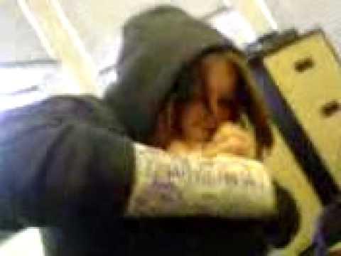 Beth Eating Her Foot.3gp video