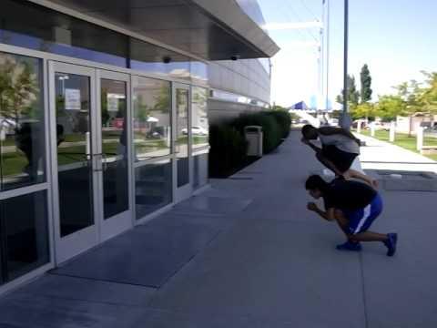 Takuro Oda training with WR holder Shani Davis in SLC