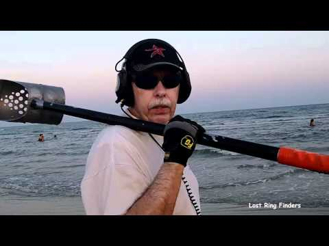 18K Gold Wedding Band Found - Stewart Beach - Treasure Hunting Galveston Texas May 21 2012