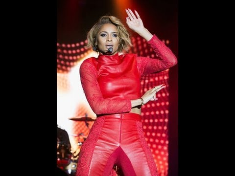Singer Ciara got served on stage during concert