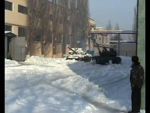 Испытания гибридного танка T-55-64 из Харькова.