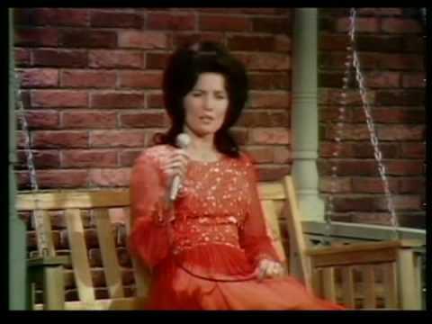 Loretta Lynn - It