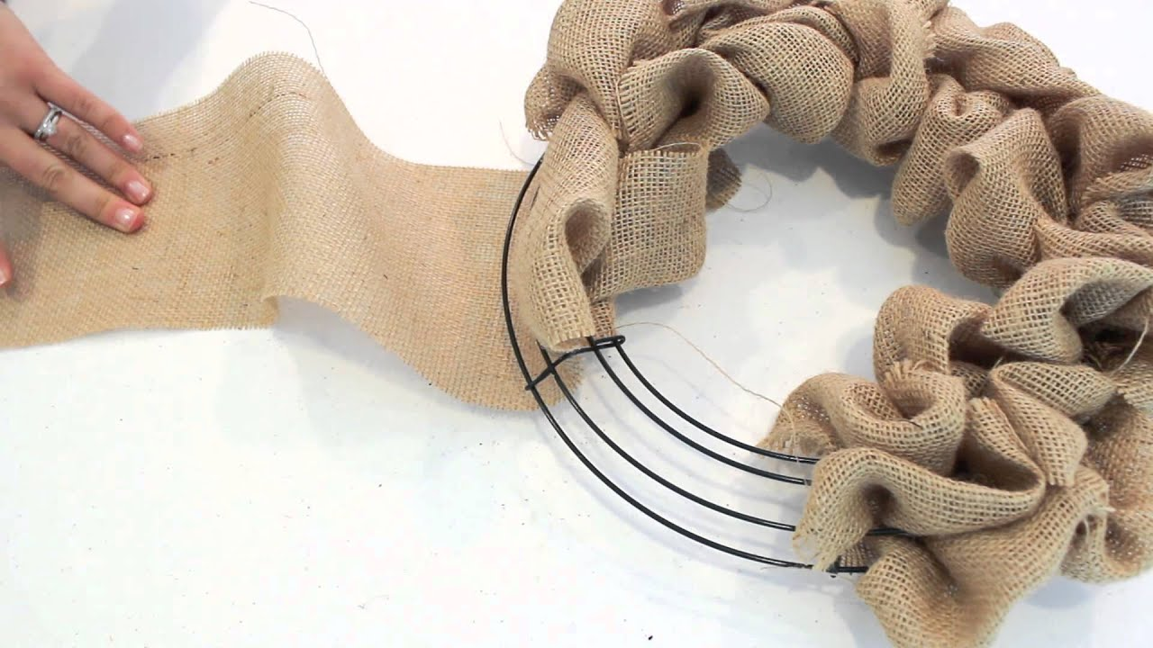 How to make a burlap wreath 2 minute tutorial youtube Making wreaths