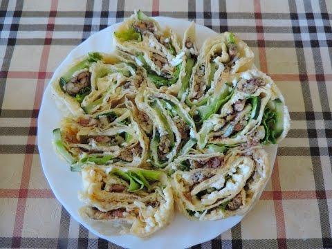 Салат в лаваше с огурцом
