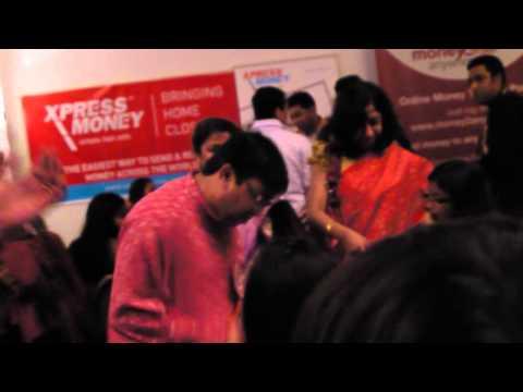 Dhol And Dancing - Prabashi Durga Puja 2012 video