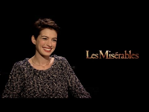 LES MISERABLES Interviews: Jackman, Hathaway, Seyfried, Redmayne, Barks