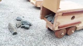 Ô tô , Cần cẩu bằng gỗ an toàn phát triển trí tuệ