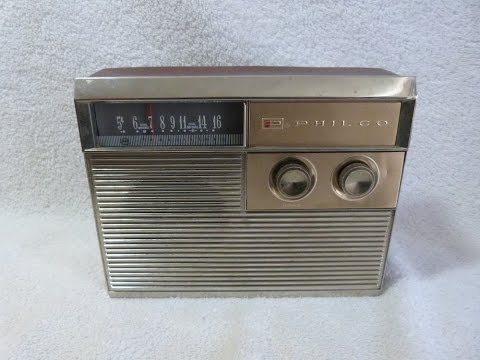 1960? Philco model T805-124 transistor radio (made in USA)