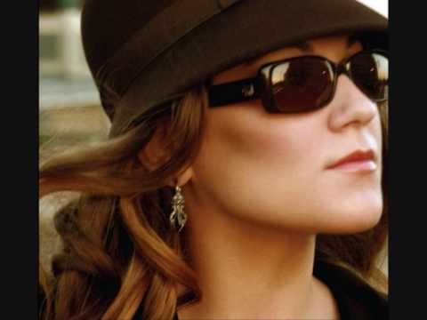 Melody Gardot Deep within the corners of my mind Video