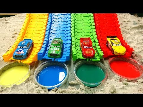 Learn the color with Disney Cars, colorful water for children!