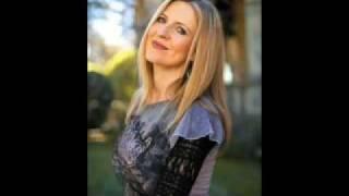 Watch Darlene Zschech Kiss Of Heaven video