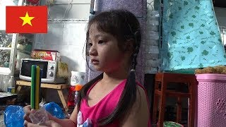 ベトナム語と英語の数字を数える5歳のタムちゃん