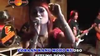 download lagu Koplo Sagita  Terbaru 2012 ^_^ Ngamen 8 _ gratis