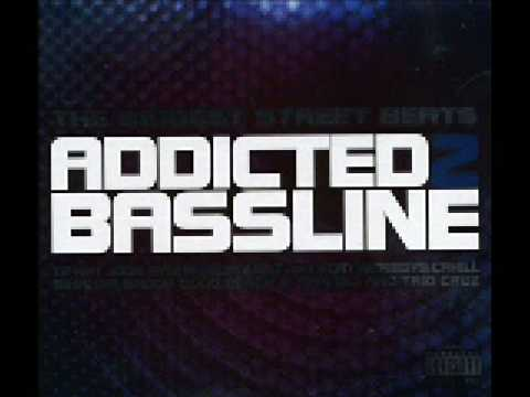 Addicted 2 Bassline - Give It To Me