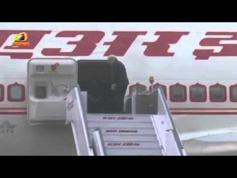 PM Modi Russia visit |  Modi Keen on Defence and Nuclear Energy Deals | Mango News