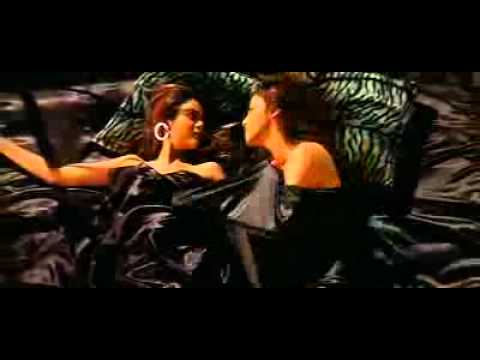Isha Kopikkar And Amrita Arora Lesbian Scene video