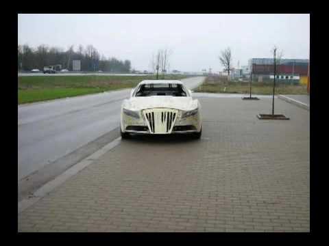 Авто из строительной пены