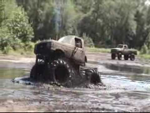 Mudding Trucks NJ Mud Fun Dirty Monster Bog Pit 4x4 Video