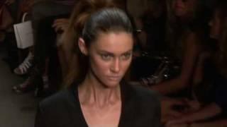 Ksenia Kahnovich AW10-11 - Videofashion Daily