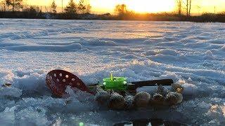 ICE Fishing for RUSSIAN BASS - underwater camera