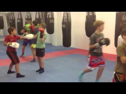 Kinder Kickboxen im TKBC Luzern