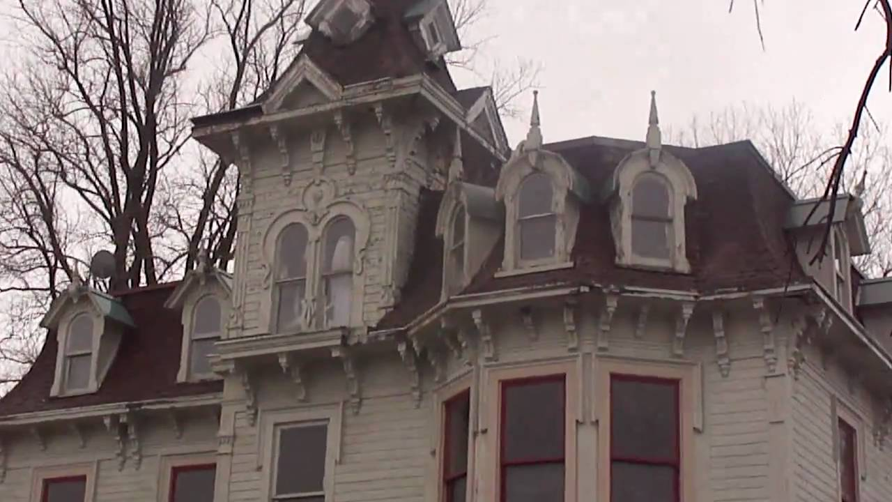 Quot Haunted House Quot Very Cool Old House Google The Bruce