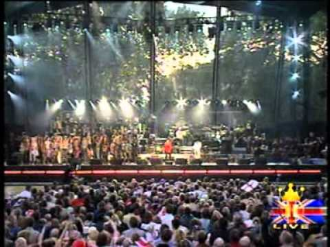 Queen: Brian May&Roger Taylor + Phil Collins Live At Queen's Jubilee 2002 (Complete)