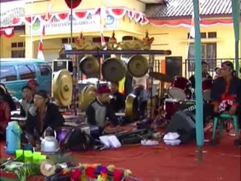 Siji lima lengger ebeg Sari Budaya Tegal Pingen