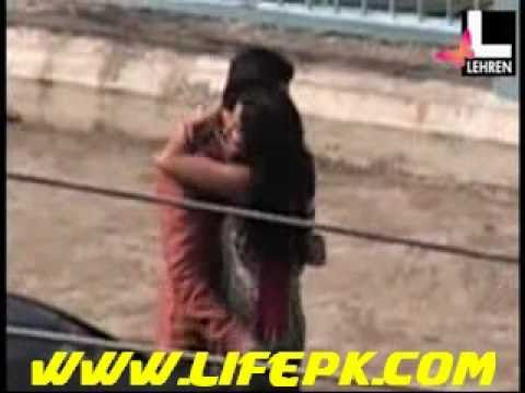 Katrina Kaif Kissing Scandal With Ranbir Kapoor - Hot News video