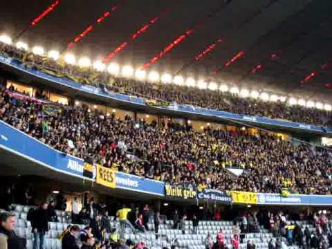 Bayern München vs. Borussia Dortmund 1:3 26.2.2011 Stimmung im Gästesektor nach Spielende