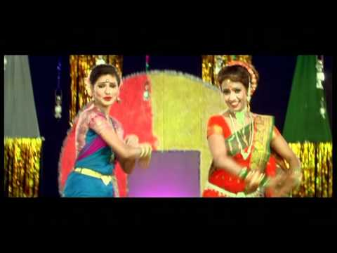 Marathi Top Lavani Songs - Raiya Gup Chup Shekothi - Ude Ga Ambabi - Alka Kubal Athlaye video