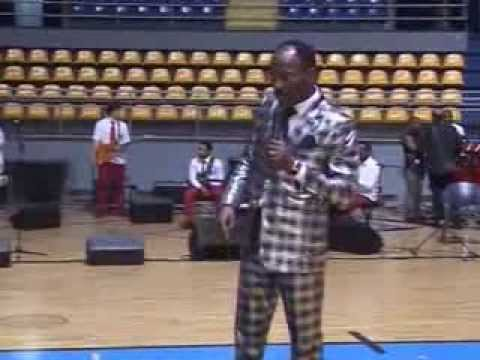 Apostle Johnson Suleman... Waves of Glory...day 1.....dicks2 Italy