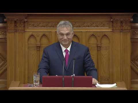 Hadházy Ákos megzavarta Orbán Viktor napirend előtti felszólalását